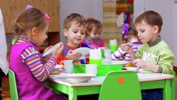 Ливанов: нагрузка на воспитателей детсадов возросла