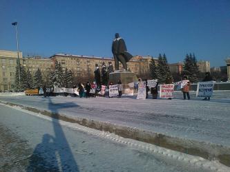Астахов раскритиковал безопасность школ и предложил запретить пользоваться гаджетами